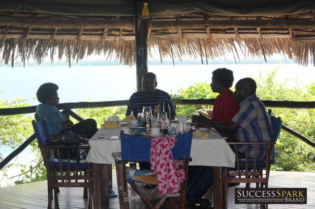 7-tanzania-lazy-lagoon-retreat-the-writers